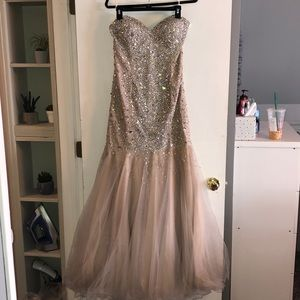 PROM DRESS WORN ONCE!